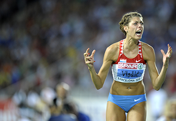 Croatia's Blanka Vlasic reacts after clearing the bar before winning the women's high jump final at the 2010 European Athletics Championships at the Olympic Stadium in Barcelona on August 1, 2010. AFP PHOTO / MIGUEL RIOPA